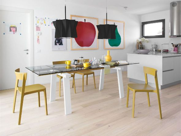 Calligaris-dining-chairs-table